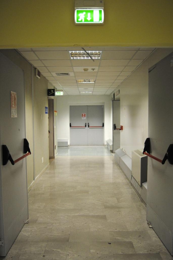 технические медицинские двери